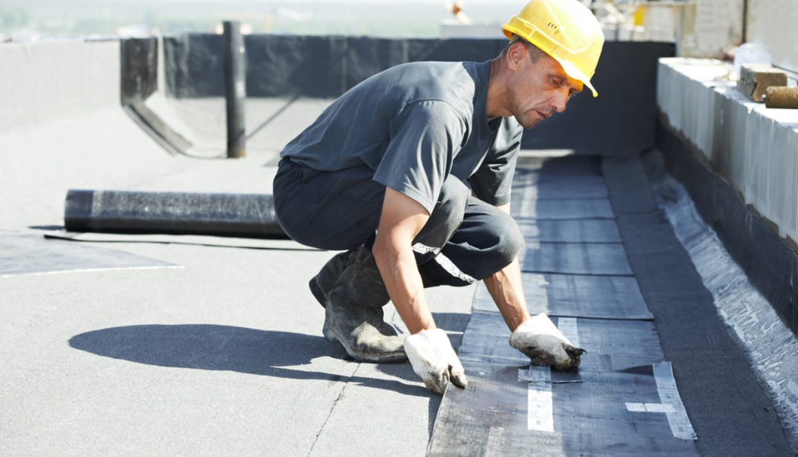 Does Your Industrial Roof Need to be Repaired or Replaced?