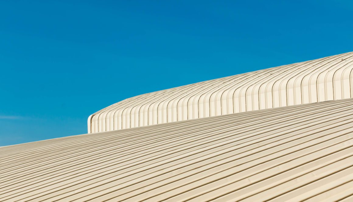 Advantages and Disadvantages of Asbestos Overcladding for Roofs