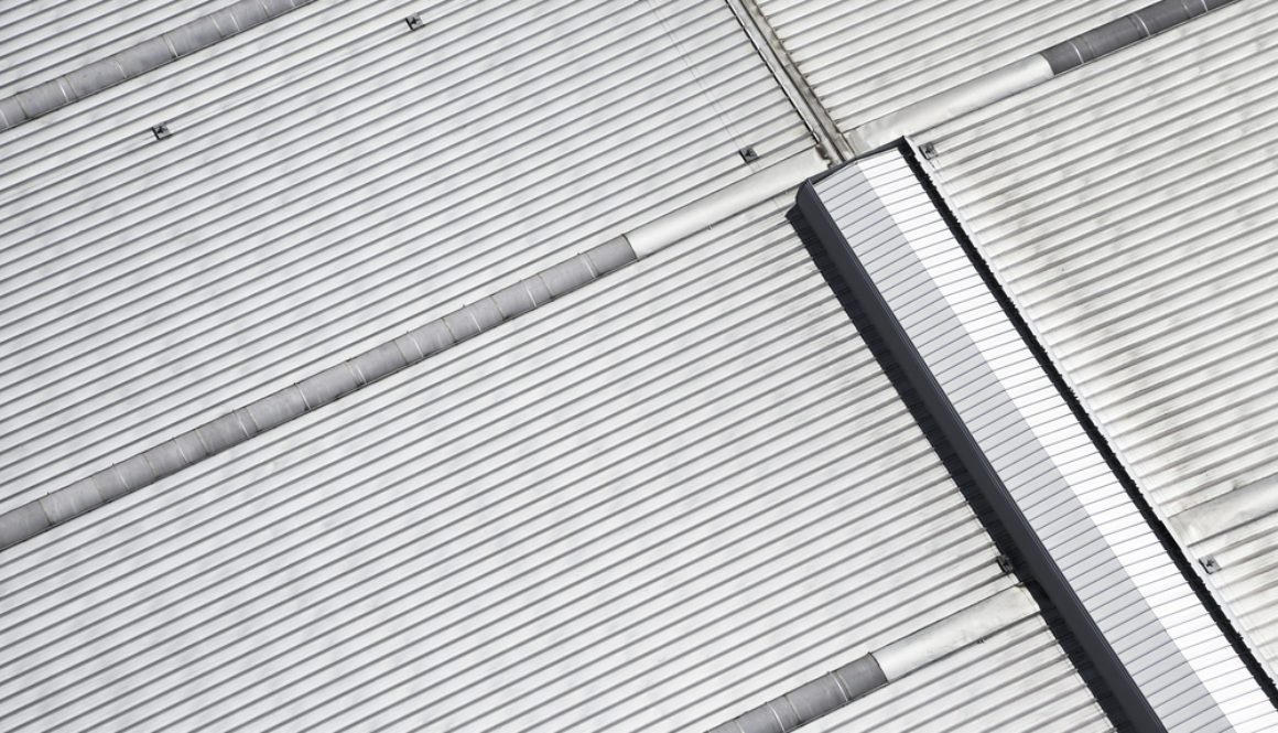 A Guide to Asbestos Overcladding For Roofs